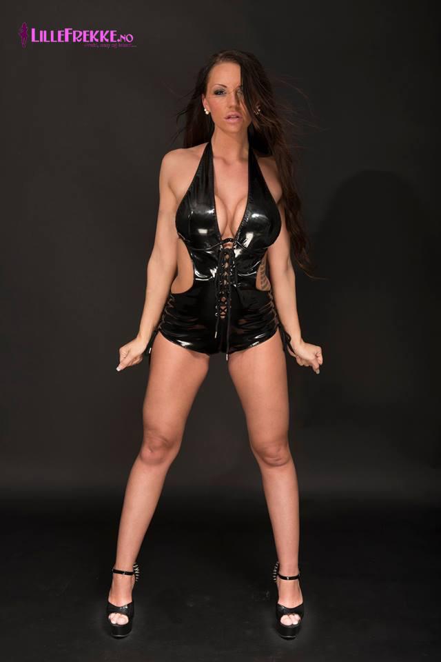 underdanige kvinner videoer erotisk magasin